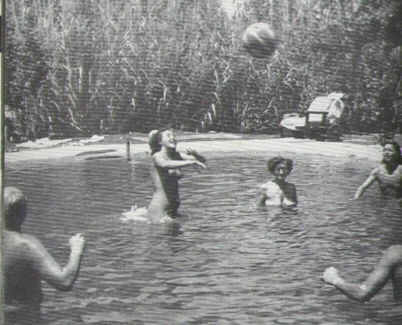 Nudist camp in illinois